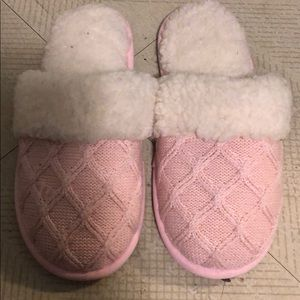 Victoria's Secret pink slippers size Medium